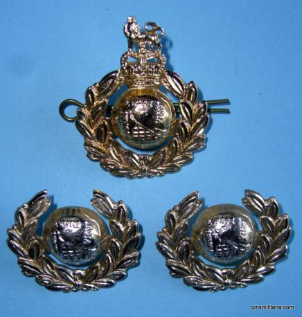 Gold Anodised Royal Marines Cap Badge and Collar Set