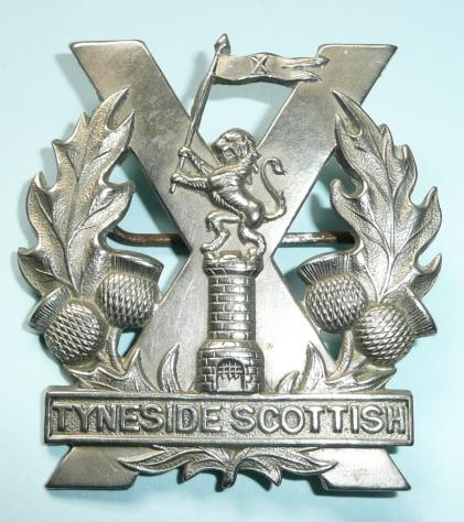 WW1 Tyneside Scottish ( 20th, 21st, 22nd, 23rd and 29th Battalions Northumberland Fusiliers ) 2nd pattern White Metal Cap Badge, introduced April 1915