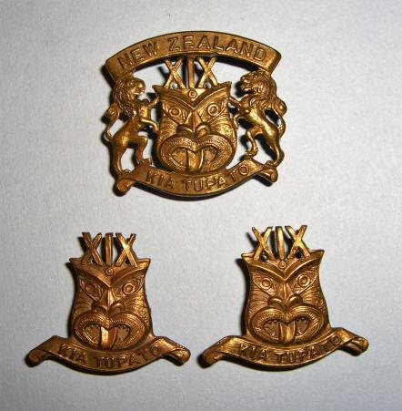 WW1 New Zealand Expeditionary Force - 19th Reinforcements Cap and Collar Badge Set