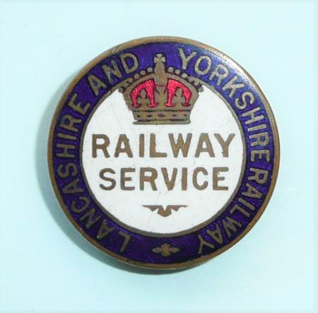 WW1 Lancashire And Yorkshire Railway War Service Enamel and Gilt Brass Buttonhole Lapel  Badge