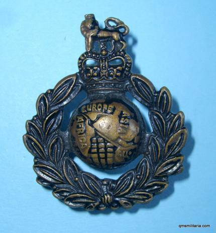 Royal Marine Blackened Bronze Queens Crown Cap Badge - J R Gaunt