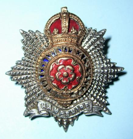 Hampshire Regiment Officer s Enamel Silver and Gilt Cap Badge