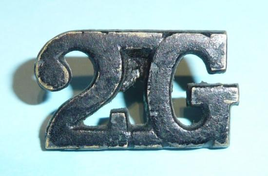 2G - 2nd King Edward VIIs Own Gurkha Rifles Blackened Brass Shoulder Title